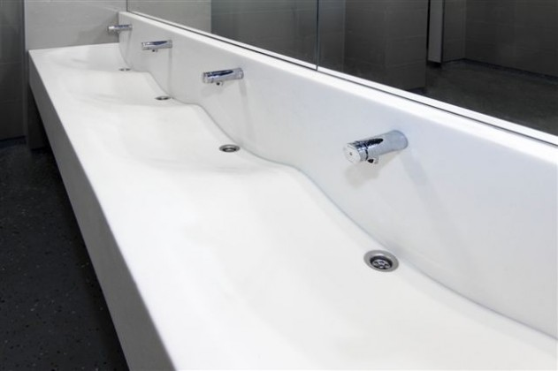 Bathroom countertop with atypical basins